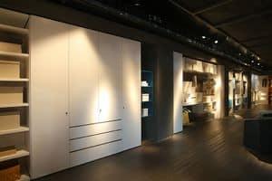 Habitat, Kleiderschrank kundengerecht, für Korridore und Wäschereien