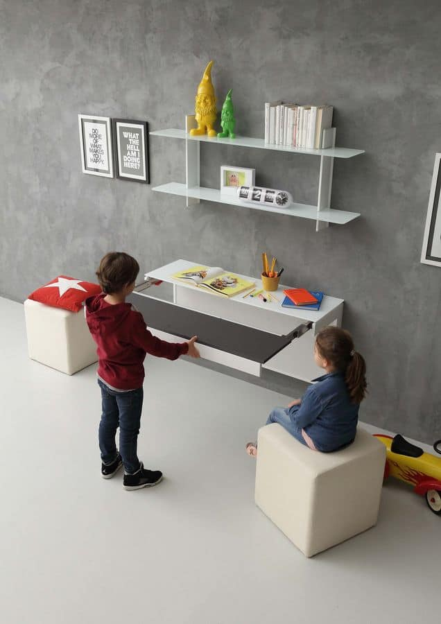 moderne schreibtisch f r kinderzimmer mit erweiterungsmechanismus idfdesign. Black Bedroom Furniture Sets. Home Design Ideas