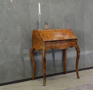 Art. 559, Klassischer Schreibtisch mit Klappdeckel