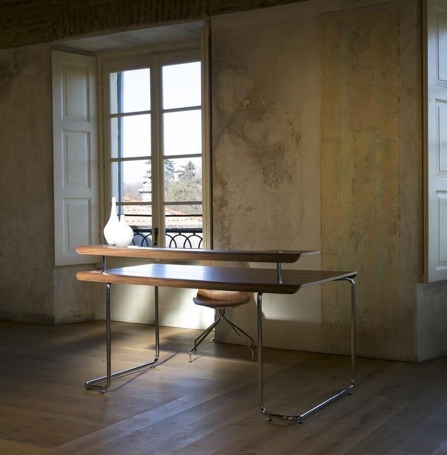 schreibtisch mit oben in nussbaum canaletto idfdesign. Black Bedroom Furniture Sets. Home Design Ideas