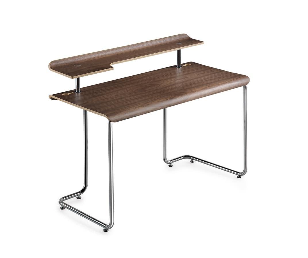 Schreibtisch mit oben in nussbaum canaletto idfdesign for Schreibtisch von oben