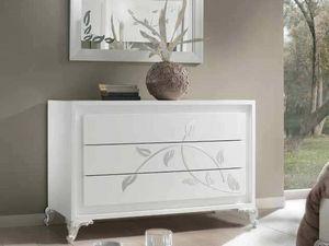 Camelia Kommode, Kommode, in weiß lackiertem Holz, mit silbernen Verzierungen