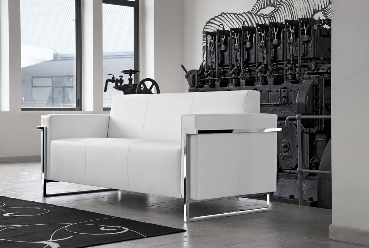 gepolstertes sofa mit metallsockel f r speicher idfdesign. Black Bedroom Furniture Sets. Home Design Ideas