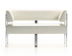 Style 742, Zweisitzer-Sofa mit Gestell aus verchromtem Stahl