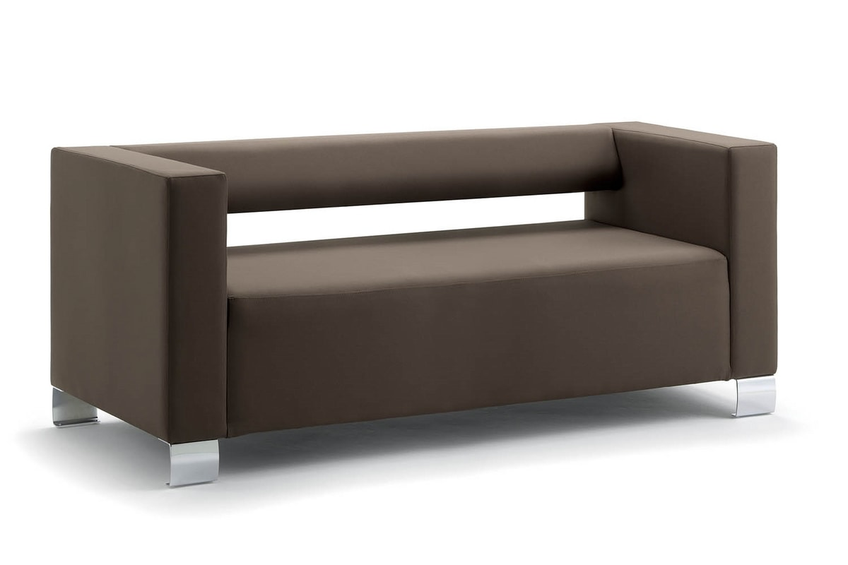 UF 149, Squared Sofa mit Chromfüßen, wesentlich