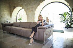 Square, Modernes Sofa mit Metallfüßen
