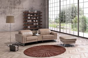 Trilussa, Sofa im modernen Stil mit Zeitungsständer