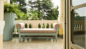 Belle Etoile, Sofa im Freien mit neoklassischem Design