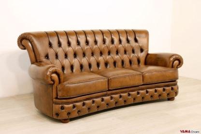 sofa mit bequemer hoher r ckenlehne idfdesign. Black Bedroom Furniture Sets. Home Design Ideas
