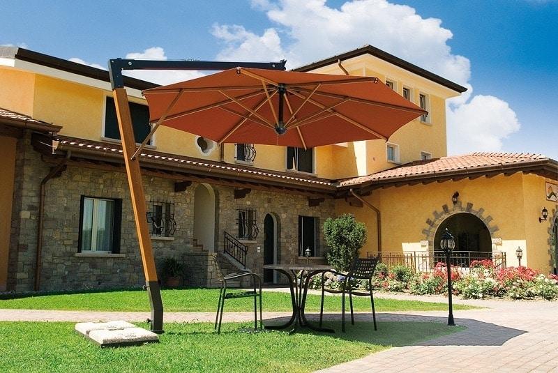 Palladio arm, Sonnenschirm mit Holzstruktur, für Gärten und Pools