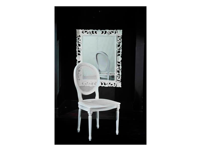 Traditioneller Stuhl im Stil Louis XVI, in Rohr | IDFdesign