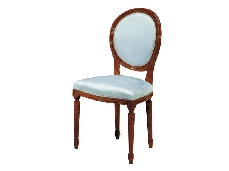 135, Holzstuhl, gepolsterter Sitz und Rückenlehne, für die Gaststätten
