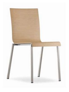 Kuadra, Stapelbarer Metallstuhl mit Holzschale