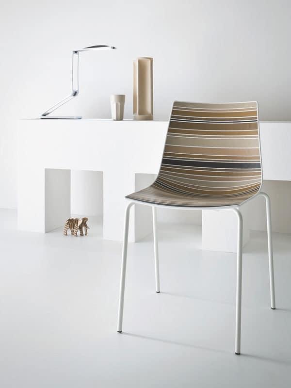 stuhl mit kunststoffschale mit ausgefallenen streifen. Black Bedroom Furniture Sets. Home Design Ideas