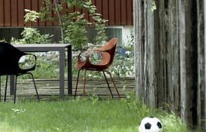 Elephant Four Legs Outdoor, Stuhl mit Kunststoff Armlehnen, für den Einsatz konstruieren