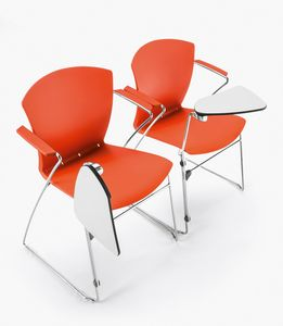 Carina Skid, Aufsteckbarer Stuhl mit Tablett