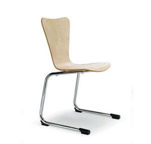 CG 79702, Stapelbarer Stuhl für Mehrzweckräume