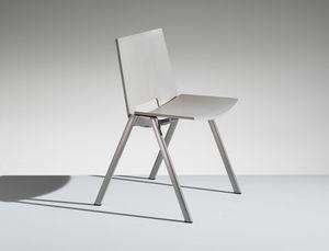 HL3 1, Stuhl mit Klappsitz für Arbeit und Gemeinschaft