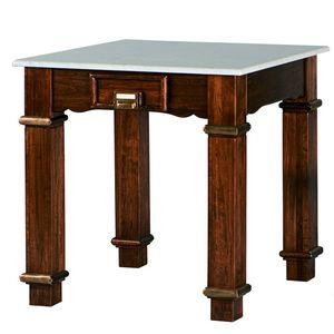 Art. 483, Holztisch, Marmorplatte