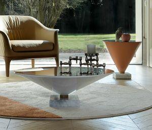FLUTE, Kleine Tische in Form von Martini-Gläsern