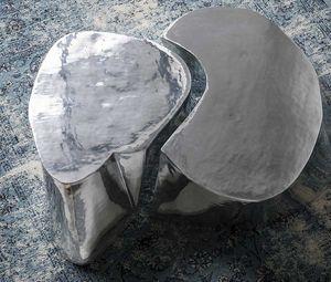 Otto, Couchtisch aus poliertem und gebürstetem Aluminiumguss