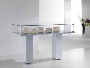 ALLdesign 4/PL, Vitrine mit doppelter Basis