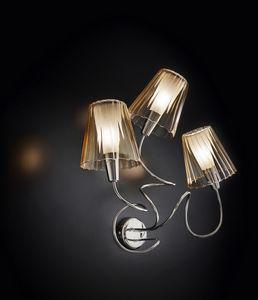 ARIA L 40, Wandlampe mit 3 Kristalllampenschirmen
