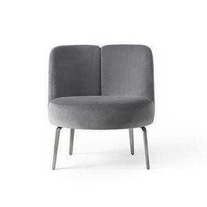 Medusa, Sessel mit einer umhüllenden und abgerundeten Linie