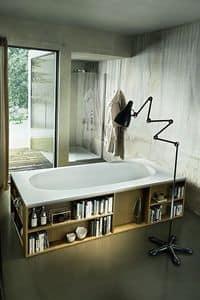 Book, Badewanne mit Bibliothek in die Wände einge