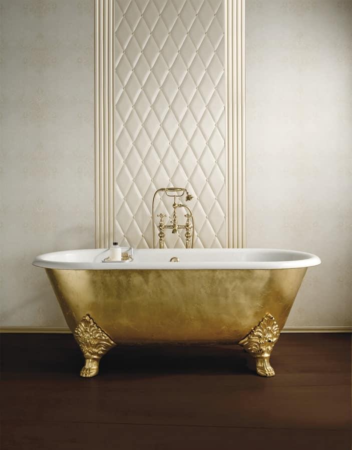 klassische badewanne mit f en aus gusseisen idfdesign. Black Bedroom Furniture Sets. Home Design Ideas