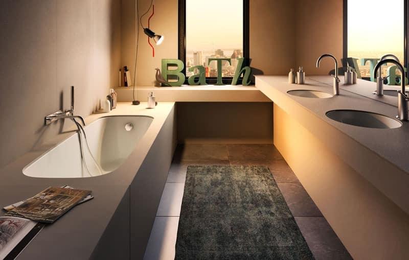 moderne badewanne mit verschiedenen beschichtungen und. Black Bedroom Furniture Sets. Home Design Ideas