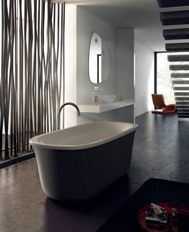 MALMÖ, Freistehende Badewanne, Verschiedene Materialien Und Konfigurationen