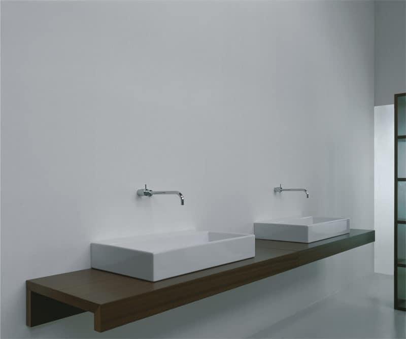 Waschbecken Mit Holzbock Wasserhahn An Der Wand Idfdesign