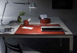 Ebe 4pz, Schreibtischset aus regeneriertem Leder