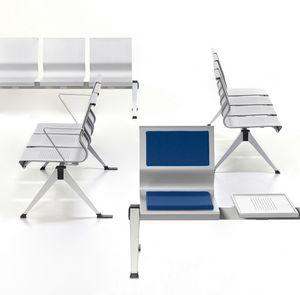 Korus, Stuhl auf Stahlträger, Blechschale