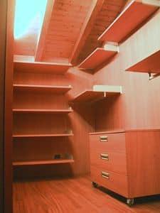 Begehbarer Kleiderschrank für den Dachboden 01, Begehbarer Kleiderschrank komplett anpassbar