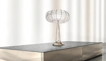 Moon table lamp, Tischleuchte mit sauber und minimalistische Linien