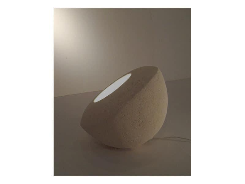 Oblo', Lampe für Boden oder Tisch, aus geschnitztem Stein