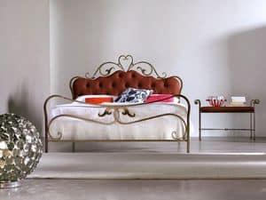 Norma, Doppelbett aus Schmiedeeisen mit tufted Kopfteil