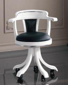 Art. 3240, Stuhl im klassischen Stil auf Rollen