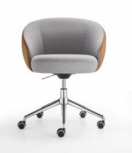 Botero Mignon, Sessel auf Rädern