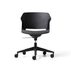 Clop gas, Stuhl auf R�dern und Gassitz
