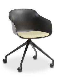 Dame UR, Stuhl auf Rollen