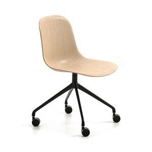 Máni Wood HO 4, Stuhl auf Rollen, mit 3D-Furnierschale