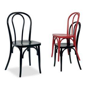 Thonet, Stapelbarer Stuhl im Thonet-Stil