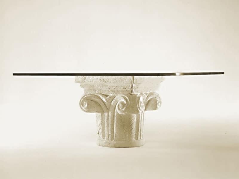 Medea, Couchtisch für das Wohnzimmer, Steinsockel