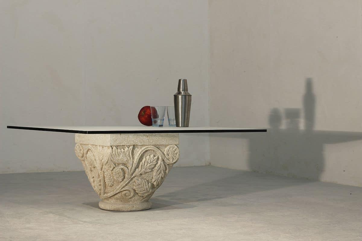 San Romano, Kleiner Tisch mit eleganten Stein Keller, handgefertigten Dekorationen