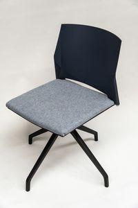 TREK 039X, Drehstuhl mit gepolstertem Sitz