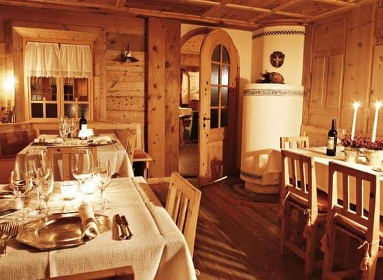 Wood room, Einrichtungen für rustikalen Stil Hotels, nach Maß