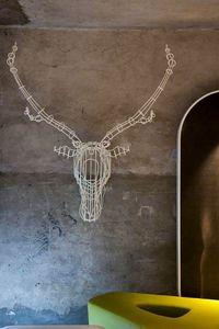 Cervo piccolo, Einrichtungsgegenstand aus Eisen